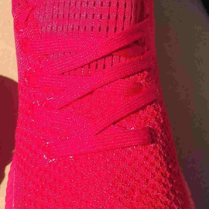 Casual red summer light trainers