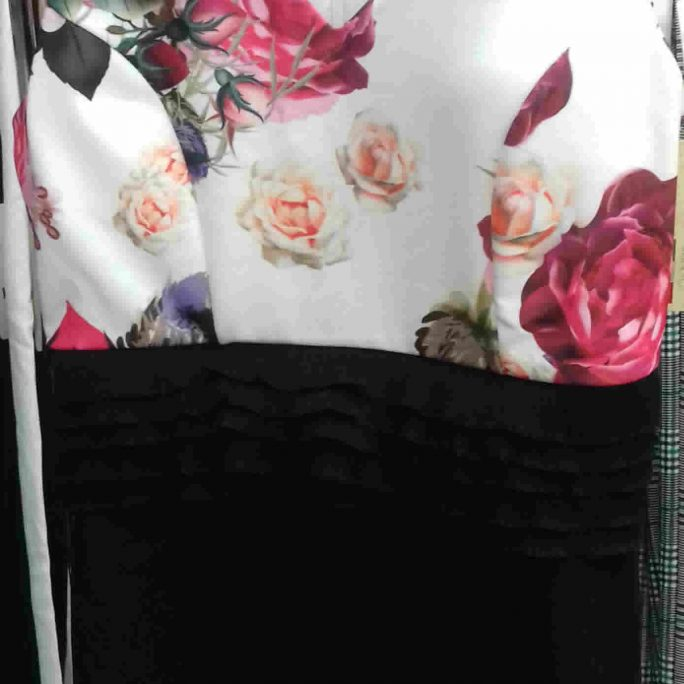 Floral short sleeve top black mini